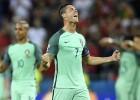Portugāle uzvar Velsu un pēc 12 gadu pārtraukuma atkal spēlēs finālā