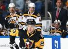 """Bļugers ar pirmajiem vārtiem sezonā nodrošina """"Penguins"""" uzvaru pagarinājumā"""