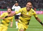"""Pēc trim zaudētiem fināliem Dortmundes """"Borussia"""" iegūst Vācijas kausu"""