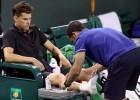 Federers grauj 58 minūtēs, Tīmu aptur savainojums