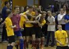 Video: Purvciema vidusskola pēcspēles sitienos uzveic Tehnisko koledžu un kļūst par Rīgas skolu kausa uzvarētājiem