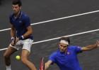 Federera un Džokoviča pāris zaudē Leivera kausa spēlē