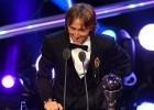 FIFA par gada labāko futbolistu atzīst horvātu Modriču