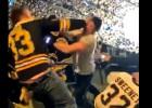 Video: Fani kaujas, apmeklējot NHL finālu
