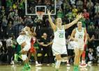 """Jonesku 20 punkti ceturtdaļā, """"Oregon"""" pirmo reizi 20 gados šokē ASV izlasi"""