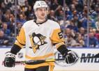 """Bļugers spēlē daudz un uzvar 50% iemetienu, """"Penguins"""" pārtrauc Detroitas lāstu"""