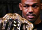 Džounss atsakās no UFC pussmagā svara titula, pieļauj pāreju uz smagsvariem