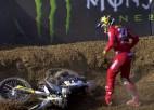 Video: MXGP posmā Faencā krīt Jasikonis, arī titula pretendents Gajsers