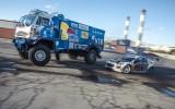 """Video: Tandēmā driftē deviņas tonnas smags """"Kamaz"""" un """"Mazda"""""""