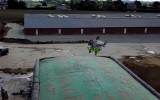 Video: Kā notika gatavošanās pirmajam atmuguriskajam salto ar blakusvāģi