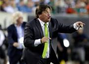 Par sitienu žurnālistam atlaists Meksikas futbola izlases galvenais treneris