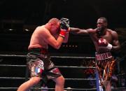 Vailders uzveic Djupā un nosargā savu WBC čempiona titulu