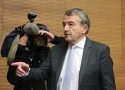 Vācijas federācijas prezidents skandāla dēļ atkāpjas no amata