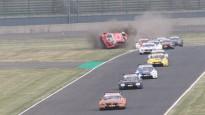 DTM čempions piedzīvo vienu no pēdējā laika lielākajām avārijām