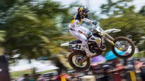 Jonass starp desmit ātrākajiem MXGP posmā Indonēzijā