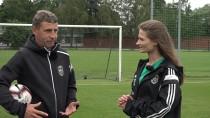 Futbolbumbas: Dobrecova metodes un <i>ballīte</i> Tukumā