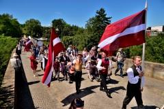 Foto: Ar vērienīgu programmu Vācijā izskanējuši latviešu dziesmu un deju svētki