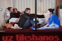 """Liepājas teātrī pēdējo reizi tiks spēlēta izrāde """"Stavangera"""" (<i>Pulp People</i>)"""