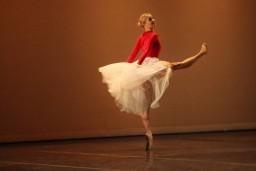 Annija Kopštāle izcīnījusi zelta un bronzas medaļas 5. Dienvidāfrikas starptautiskajā baleta konkursā