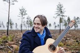 Mīlētākais igauņu ģitārists Lūznavā izspēlēs Andalūzijas caurvītu koncertprogrammu