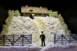 """Galerijā Istaba – Andreja Prigičeva personālizstāde """"Dzeltenais sniegs prezidenta dārzā"""""""