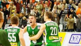 """Atceramies sezonu: Vītols atklāšanas spēlē izrauj uzvaru """"Valmierai"""""""