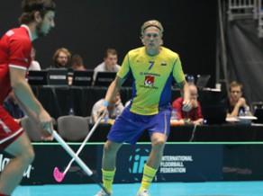 Atspēlējot triju vārtu deficītu, zviedri triumfē Pasaules spēlēs