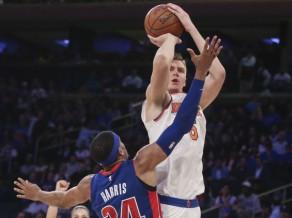 """Porziņģis atkal uguņo, """"Knicks"""" nenotur 21 punkta pārsvaru un vēlreiz zaudē"""