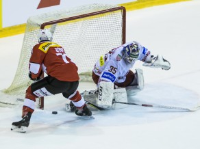 Baltkrievija teju atspēlē trīs vārtu deficītu Šveicē, čehi desmit minūšu laikā iemet piecus