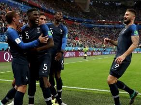 Francijas lieliskā aizsardzība un Imtitī vārtu guvums ieved komandu finālā