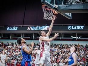 Latvija satriec Lielbritāniju un trešo reizi spēlēs Pasaules U19 kausā
