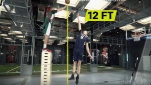 Video: Porziņģis ESPN laboratorijā pārspēj Grifinu un bloķē deviņus metienus