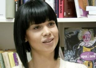 Video: Samanta Tīna sirsnīgā sarunā par un ap mūziku