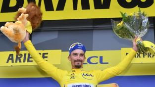 """""""Tour de France"""" uzņem apgriezienus - Pino <i>uguņo</i>, Alafilips saglabā vadību"""