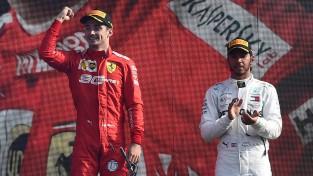 """Leklērs uzvar vēlreiz, iepriecinot """"Ferrari"""" fanus Moncā"""