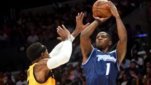 """Par BIG3 čempionu kļuvušais veterāns Džo Džonsons panāk vienošanos ar """"Pistons"""""""
