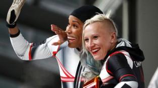 Kanādiešu bobslejistei Hamfrīsai atļauj turpmāk pārstāvēt ASV