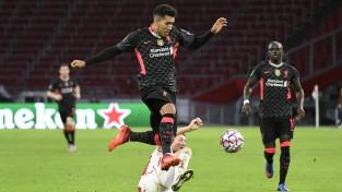 """""""Liverpool"""" neiesit pati, bet uzvar Amsterdamā, """"Atalanta"""" dominē Dānijā"""