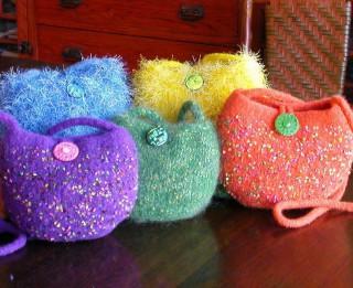 Foto: Idejas pašas rokām darinātām somām un somiņām