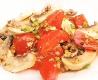 Šampinjonu un dārzeņu salāti