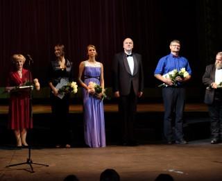Pasniegtas Latvijas Nacionālās operas fonda Gada balvas operai