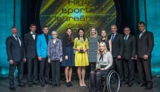 Foto: Rīgas sporta laureāti saņem nopelnītās balvas