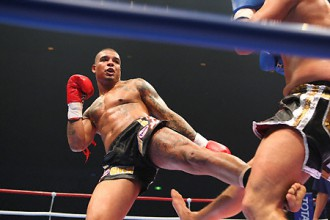 Kikbokseris Tairons Spongs plāno debitēt boksā
