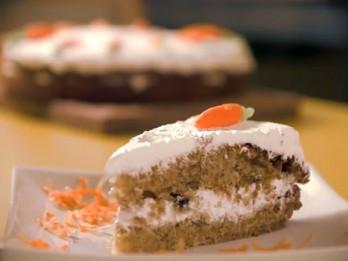 Video: Videorecepte: garda burkānu kūka (recepte)