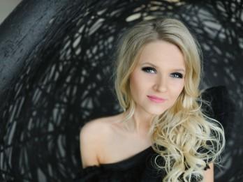 """Beāte Zviedre piedāvā  koncertprogrammu """"Džezs dzied Aspaziju"""""""