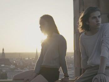 """Video: Jauns vārds latviešu mūzikā """"Paulis un Marta"""" publicē pirmo video"""
