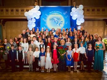 """15. Latvijas bērnu un jauniešu vokālistu konkurss """"Putnu bērni"""" – veltījums profesores Anitas Garančas piemiņai"""