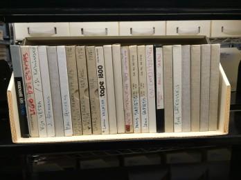 """Nacionālajā bibliotēkā atvērs """"Radio Brīvā Eiropa"""" / """"Radio Brīvība""""  raidījumu kolekciju"""