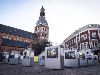 Doma laukumā apskatāma Baltijas valstu galvaspilsētu - Tallinas un Viļņas, fotogrāfiju izstāde