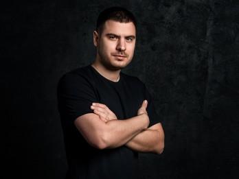 Video: Rodions Gordins ar Adrianu Miglāni piedāvā singlu Latvijas simtgadei